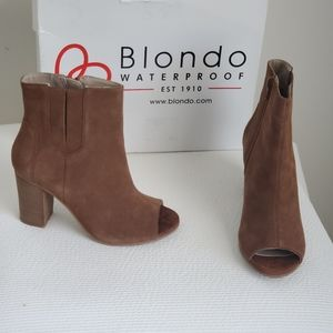 Blondo Paisy Waterproof Booties. NWB